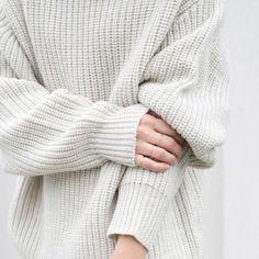 oversized knit. v0guedior