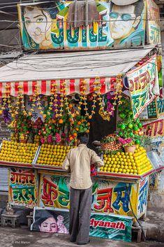 Juice bar - New Delhi, India
