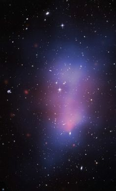 The El Gordo, a massive galaxy cluster. The blue dark matter distribution indicates that the cluster is in the middle stages of a collision between two large galaxy clusters. Image credit: Hubble/NASA