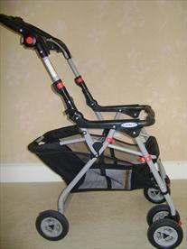 car seat stroller  Price: $25.00