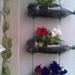 Floreira feita  com garrafas de plastico
