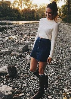 25 Fall Outfits with Skirts to Inspire Your Fall Look, Winter Outfits, Winter Outfits For Teen Girls, Cute Winter Outfits, Autumn Outfits, Autumn Clothes, Holiday Outfits, Cute Winter Clothes, Winter Outfits With Skirts, College Winter Outfits, Fall Outfit Ideas
