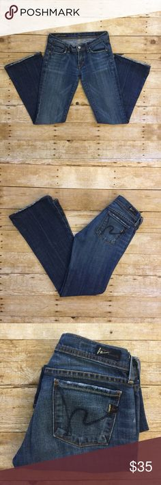 """COH Ingrid Flare Jeans Citizens of Humanity Ingrid #002 low waist flare stretch denim. Inseam: 28"""". Gently used, some wear at cuffs. Citizens of Humanity Jeans Flare & Wide Leg"""