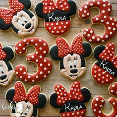 We hope you enjoy our Minnie Mouse set❤️ . We hope you enjoy our Minnie Mouse set❤️ . Minni Mouse Cake, Bolo Do Mickey Mouse, Minnie Mouse Cookies, Minnie Mouse Birthday Cakes, Disney Cookies, Minnie Cake, Minnie Mouse Theme, 3rd Birthday Cakes, Mickey Cakes
