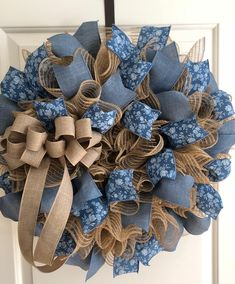 Burlap Deco Mesh with blue floral and denim wreath. Perfect for the rustic count… Burlap Deco Mesh with blue floral Burlap Crafts, Wreath Crafts, Diy Wreath, Tulle Wreath, Wreath Ideas, Christmas Mesh Wreaths, Easter Wreaths, Spring Wreaths, Summer Wreath