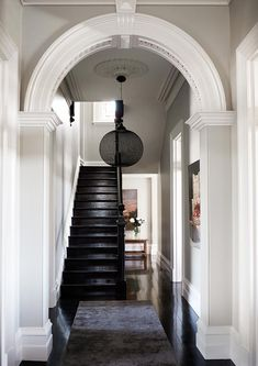 The clients had lived in period properties before and, although sensitive restoration was paramount, they wanted to avoid an obvious interior treatment. With a love of travel, fashion and art, they opted for a cosmopolitan and slightly formal New York aesthetic in the home. Photo: Jenni Hare | Story: Belle