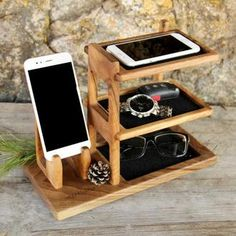 Personalized Wooden Organizer For Phone, Wood Desk Office Tidy Stand For Gift, Charger iWatch Docking Station, Desk Accessories Husband Gift Wood Phone Holder, Wood Phone Stand, Iphone Stand, Iphone Holder, Iphone 8, Diy Wood Projects, Woodworking Projects, Desk Tidy, Desk Office
