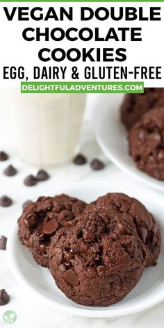 Looking for the ultimate, most rich, chocolaty, and soft vegan double chocolate cookies that are packed with chocolate chips? If so, you've found them! This recipe is quick and easy to make, plus they're the best and most tasty vegan chocolate cookies you can make! These cookies also happen to be gluten-free. Easy Vegan Cookies, Vegan Oatmeal Cookies, Vegan Gluten Free Cookies, Double Chocolate Chip Cookies, Vegan Chocolate Chip Cookies, Gluten Free Chocolate, Vegan Treats, Chocolate Chips, Vegan Desserts