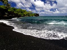 Black Sand Beach, Maui, Hawaii hawaii-places-i-want-to-visit