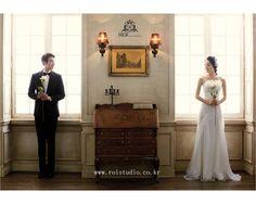 The prewedding photography by Roistudio, for 2014 sample photos. Please visit www.roistudio.co.kr to learn more! #prewedding #Koreawedding #roistudio