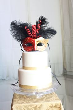 Etsy shop https://www.etsy.com/listing/266413446/mardi-gras-red-and-gold-masquerade-cake