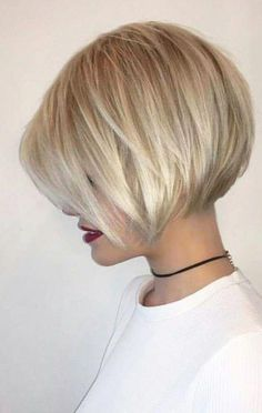 38 Trendy Inverted Short Bob Haircuts Inverted Short Bob Haircuts Inverted bob is the best way to check if you like short hair. Since this fashion trend looks like a long haircut in the fr. Inverted Bob - September 07 2019 at Inverted Bob Hairstyles, Bob Hairstyles For Fine Hair, Beautiful Hairstyles, Hairstyle Short, Bangs Hairstyle, Thin Hair Haircuts, Braid Bangs, Formal Hairstyles, Pixie Hairstyles