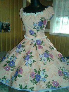 Dance Dresses, Girls Dresses, Summer Dresses, Free Pattern, 1950s, Retro Vintage, Gowns, Lady, Womens Fashion