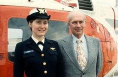 Coast Guard Ensign Janna Lambine was making history by graduating from naval aviation training at Naval Air Station Whiting Field in Milton, Florida, to become the first female pilot in the 1977 Coast Guard Ships, Aviation Training, Female Pilot, Women In History, Us Navy, Feminine Style, Captain Hat, Military, Lady