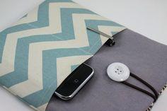 iPad Case iPad Sleeve iPad Cover PADDED with pockets by PinkOasis. $22.90, via Etsy.