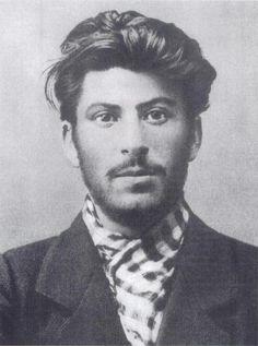 File:Stalin 1902.jpg