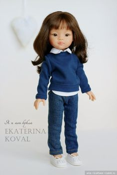 Нарядные девочки от Паола Рейна. Одежда от автора Екатерины Коваль. автор Knitted Romper, Knitted Dolls, Pretty Dolls, Beautiful Dolls, Doll Clothes Patterns, Clothing Patterns, American Girl Dress, Wellie Wishers, Vinyl Dolls