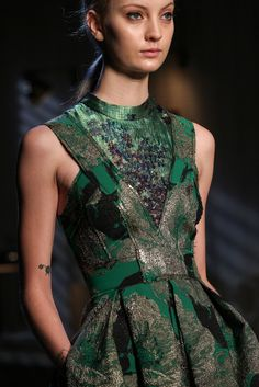Green, black and silver printed dress // Erdem Fall 2015 Ready-to-Wear - Details - Gallery - Style.com