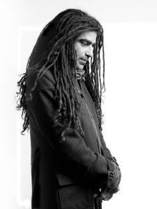 Mosh Ben Ari Attractive Men, Dreadlocks, My Style, Hair Styles, Beauty, Art, Falling Down, Musica, Beleza