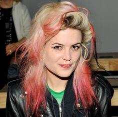 Alison Mosshart is a perfect mess with pink tips at the Saint Laurent show in Paris