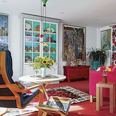 Eclectic white and red living room | Living room decorating | 25 Beautiful Homes | Housetohome.co.uk