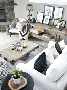Gorgeous Farmhouse Living Room Decor and Design Ideas - Farm house living room, Modern rustic living room, Rustic farmhouse living room, Modern farmhouse living room decor, Farmhouse style living - Modern Farmhouse Living Room Decor, Living Room Modern, My Living Room, Home And Living, Living Room Designs, Rustic Farmhouse, Farmhouse Style, Farmhouse Ideas, Farmhouse Interior