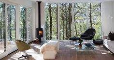 A cosy cabin right in the heart of Kerhonkson, New York with a Knoll Womb Chair and Ottoman http://www.nest.co.uk/product/knoll-womb-chair-and-ottoman Image via Home Adore.
