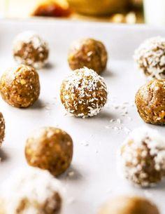 3-Ingredient Nut-Free Energy BitesReally nice recipes. Every  Mein Blog: Alles rund um Genuss & Geschmack  Kochen Backen Braten Vorspeisen Mains & Desserts!