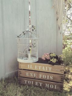 vintage mariage rural location objets ambiance pied dans l& sarthe - wedding - rustic style - [post_tags Vintage Country, Vintage Decor, Style Vintage, Le Mans, Boho Wedding, Rustic Wedding, Printable Wedding Invitations, Wedding Stationery, Invitation Cards
