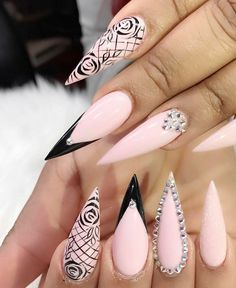 50 Beautiful Nail Art Designs & Ideas Nails have for long been a vital measurement of beauty and Glamour Nails, Classy Nails, Fancy Nails, Bling Nails, Cute Nails, Pretty Nails, My Nails, Gold Stiletto Nails, Cute Acrylic Nail Designs
