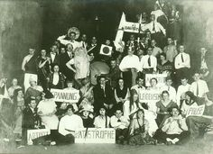 Bauhaus 1919–1933 - Eine Chronologie : Bauhaus 1919–1933 : Stiftung Bauhaus Dessau / Bauhaus Dessau Foundation