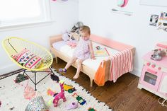 adorable bedroom setup for a toddler! some #bobeedecals would be perfect for this room!
