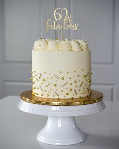 When I turn I want a fabulous cake too! ♀️ I love being able to celebrate such special milestones with each of yo Modern Birthday Cakes, 60th Birthday Cakes, Beautiful Birthday Cakes, Beautiful Cakes, 26 Birthday, Gold Birthday Cake, Women Birthday, Birthday Ideas, Birthday Cake For Women Simple