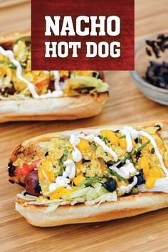 Add a twist to the all american hot dog. These cheesy and crunchy nacho hot dogs are packed with tortilla chips, jalapenos, green onions, tomatoes, and sour cream! Grilling Recipes, Snack Recipes, Cooking Recipes, American Hot Dogs, Camp Chef, Cooking With Kids, Green Onions, Tortilla Chips