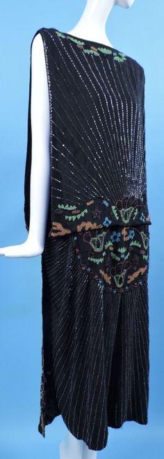 1920's Black Silk Flapper Dress w Multicolored Floral Glass Beading. Sideway