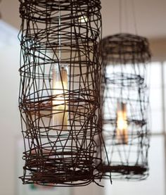 SBG says this is so easy, just weave wire around a vase or glass, remove vase and this is what you get. If wire isn't rusty, leave it in the rain.