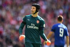 Arsenals Petr Cech accused of aiming foul-mouthed abuse at Mike Dean (Video)     		   		  			By way of   				Conor Laird				  		 		 Created on: December 31 2017 10:03 pm 		 Remaining Up to date: December 31 2017  10:03 pm 	  Arsenal goalkeeper Petr Cech has this night time been accused of aiming a fairly distasteful piece of abuse at referee Mike Dean after his determination to award a penalty to West Brom ended in the North Londoners shedding 2 issues.  Matchup  The 2 facets went face to…