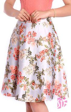 New dress designer ideas skirts ideas Trendy Dresses, Modest Dresses, Blouse And Skirt, Dress Skirt, Vintage Dresses, Vintage Outfits, Office Outfits Women, Dress Tutorials, Skirt Outfits