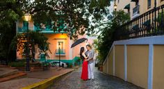 Rainy Day Engagement Session at Old San Juan