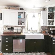 Neat! Contrasting cabinets!   @505sundaydrive