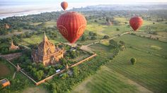 Bagan Balloon will give you a great panoramic view over the pagodas of Bagan. You will definitely enjoy your ballooning experience in Myanmar! Bagan, Mandalay, Machu Picchu, Vietnam Travel, Asia Travel, Bangkok, Things To Do Today, Balloon Flights, Balloon Rides