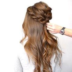 Haircut medium long hair highlights 29 ideas for 2019 Medium Long Hair, Long Layered Hair, Medium Hair Cuts, Medium Hair Styles, Curly Hair Styles, Haircut Medium, Girls Long Hair Styles, Long Curly, Girl Hairstyles