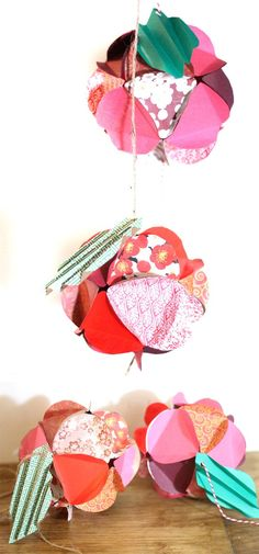 Make a beautiful apple paper globe to decroate your party or home! It's also a great sukkah decoration or rosh hashanah craft - for the Jewish High Holidays. This makes a perfect paper craft for teens and it's easy to adapt into anything. Easy Paper Crafts, Easy Diy Crafts, Diy Arts And Crafts, Crafts For Teens, Book Crafts, Creative Crafts, Projects For Kids, Fun Crafts, Jewish High Holidays