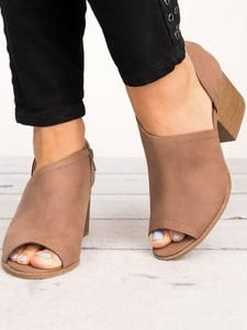 dd79f7ede12 73 Best Shoes images in 2019