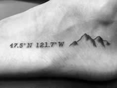 50 coordinates tattoo ideas for men – geographic landmarks designs – german style – Becoming a little ohana – aloha wedding Home Tattoo, Cordinates Tattoo, Wörter Tattoos, Pisces Tattoos, Tattoo Trend, Tattoo Fonts, Foot Tattoos, Circle Tattoos, Tattoo Shop