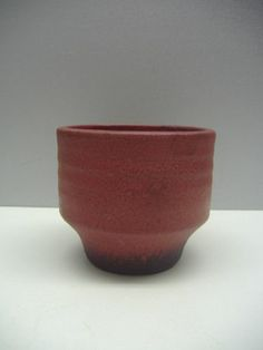 Mobach lovely planter in red terra Dutch mid-century ceramics 3.9 inch