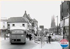 Hermanus Boexstraat Eindhoven (jaartal: 1960 tot 1970) - Foto's SERC Eindhoven, Street View, Black And White, City, Nostalgia, Black N White, Black White, Cities