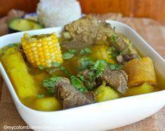 Sancocho Antioqueño o Paisa (Paisa Region Soup) Colombian Dishes, My Colombian Recipes, Meat Recipes, Cooking Recipes, Healthy Recipes, Columbia Food, Carribean Food, National Dish, Fun Easy Recipes