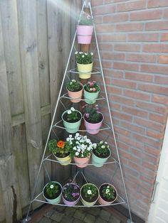 flower tower :) Potjes van de Xenos   xenos.nl