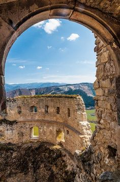 visitheworld: Lietava Castle / Slovakia (by Andrej Slavik). Ha, been here… Lietava Castle, Slovakia Travel Honeymoon Backpack Backpacking Vacation Bratislava, Chateau Medieval, Heart Of Europe, Backpacking Europe, Central Europe, Adventure Is Out There, Holiday Travel, Croatia, Travel Inspiration